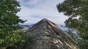 便石山 象の背の風景の写真素材 [FYI04675425]