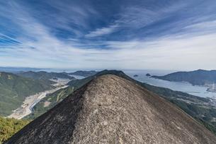 便石山 象の背の風景の写真素材 [FYI04675428]