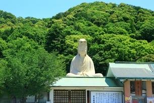 霊山観音像 京都東山の写真素材 [FYI04677209]