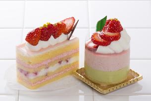イチゴケーキ の写真素材 [FYI04677879]