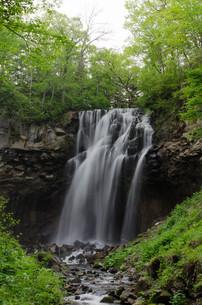 北海道 札幌のアシリベツの滝の写真素材 [FYI04679065]