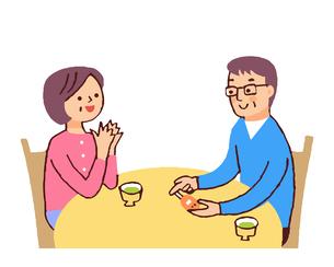 血糖値を測る夫婦のイラスト素材 [FYI04679475]