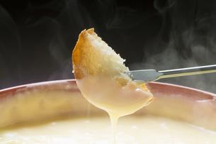 チーズフォンデュの写真素材 [FYI04679626]