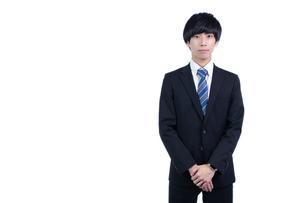 若い日本人ビジネスマンの写真素材 [FYI04679739]
