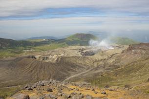 阿蘇中岳火口の写真素材 [FYI04680370]
