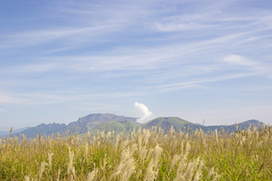 初秋の阿蘇五岳の写真素材 [FYI04680396]