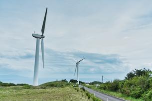 東伊豆町風力発電所の風車の写真素材 [FYI04680532]