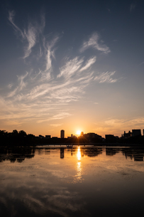 大濠公園夕景の写真素材 [FYI04680816]