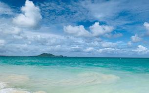 南の島と青い海の写真素材 [FYI04681086]