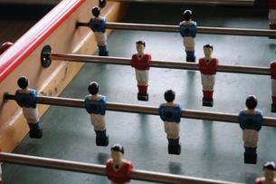 サッカー テーブルゲーム in フランス パリ 1の写真素材 [FYI04681211]