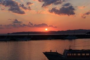 夕景の写真素材 [FYI04683266]