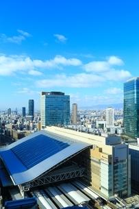 大阪・梅田の都市風景の写真素材 [FYI04684897]