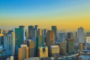 大阪の都市風景・夕景の写真素材 [FYI04684908]