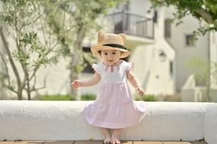 小さな女の子の写真素材 [FYI04684959]