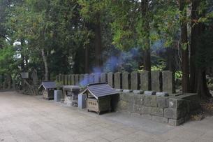 飯盛山の白虎隊十九士の墓の写真素材 [FYI04685706]
