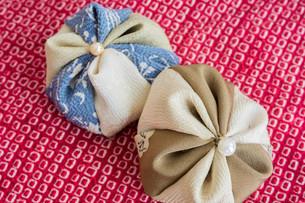 カラフルな日本の伝統的なおもちゃ お手玉の写真素材 [FYI04685752]