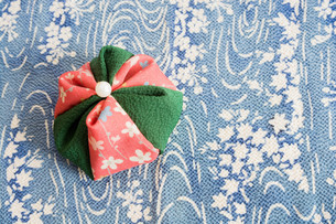 カラフルな日本の伝統的なおもちゃ お手玉の写真素材 [FYI04685753]