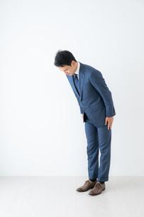 日本人ビジネスマンの写真素材 [FYI04687003]