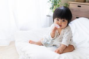 赤ちゃんの写真素材 [FYI04687441]