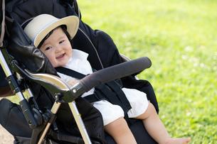 赤ちゃんの写真素材 [FYI04687479]