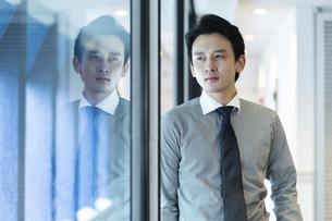 日本人ビジネスマンの写真素材 [FYI04687668]