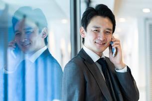 日本人ビジネスマンの写真素材 [FYI04687686]