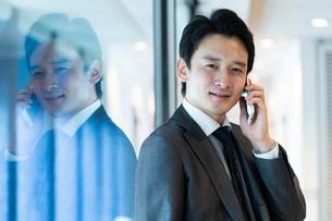 日本人ビジネスマンの写真素材 [FYI04687702]