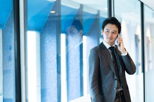 日本人ビジネスマンの写真素材 [FYI04687712]