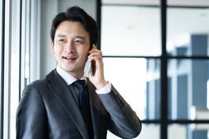 日本人ビジネスマンの写真素材 [FYI04687744]