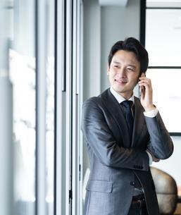 日本人ビジネスマンの写真素材 [FYI04687747]