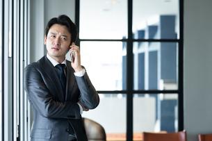 日本人ビジネスマンの写真素材 [FYI04687751]