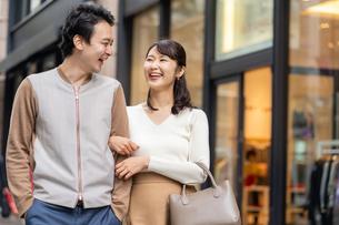 日本人夫婦の写真素材 [FYI04687937]