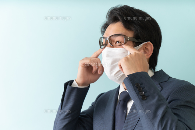 日本人ビジネスマンの写真素材 [FYI04688179]