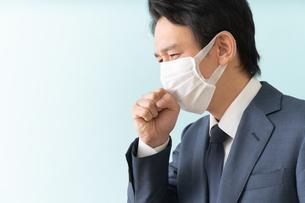 日本人ビジネスマンの写真素材 [FYI04688182]