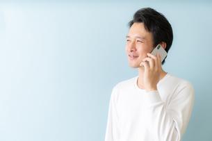 日本人男性の写真素材 [FYI04688232]