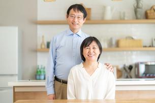 日本人シニア夫婦の写真素材 [FYI04688614]