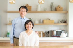 日本人シニア夫婦の写真素材 [FYI04688617]