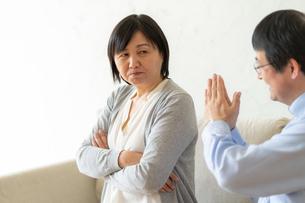 日本人シニア夫婦の写真素材 [FYI04688917]