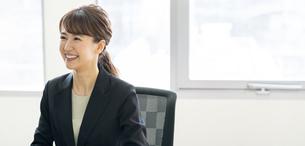 日本人ビジネスウーマンの写真素材 [FYI04689563]
