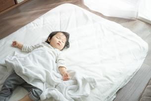 日本人女の子の写真素材 [FYI04689663]