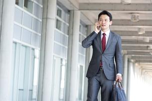 日本人ビジネスマンの写真素材 [FYI04689814]