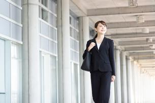 日本人ビジネスウーマンの写真素材 [FYI04689864]