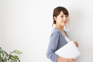 日本人ビジネスウーマンの写真素材 [FYI04690208]