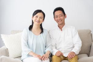 日本人シニア夫婦の写真素材 [FYI04691062]