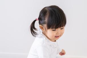 日本人女の子の写真素材 [FYI04691470]