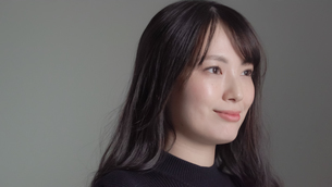 日本人女性の写真素材 [FYI04691657]