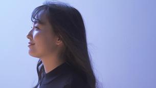 日本人女性の写真素材 [FYI04691673]