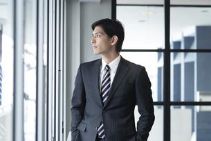 日本人ビジネスマンの写真素材 [FYI04693711]