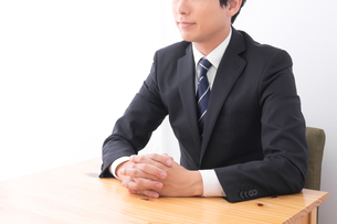 日本人ビジネスマンの写真素材 [FYI04693880]
