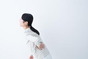 日本人女性の写真素材 [FYI04694579]